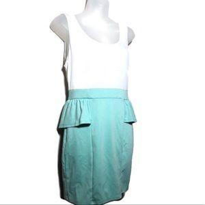 Medium Charlotte Russe Green White Dress Ruffle